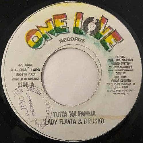 """LADY FLAVIA & BRUSCO – LOOZA & DEKA - Tutta 'Na Familia EP 7"""""""