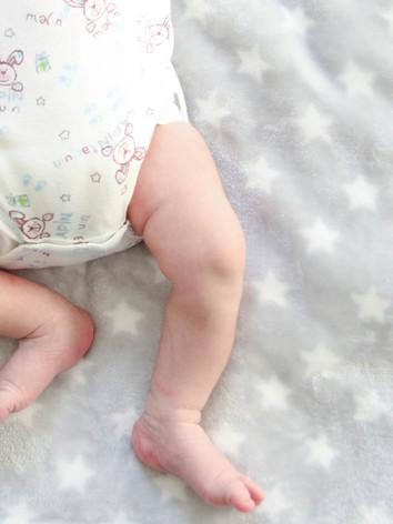 Séance naissance détail.jpg