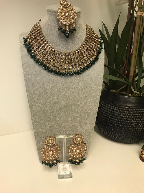 TANVI Bottle Green Choker Set