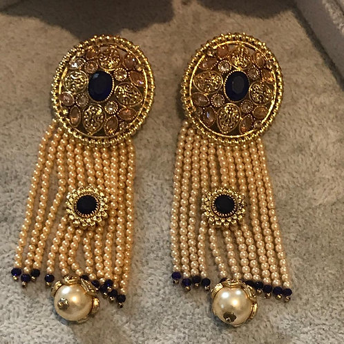AMRAPALI REGAL Earrings