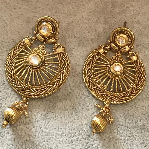 HEER Limited Edition Golden Earrings