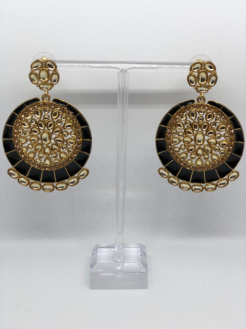 KAVYA Black Earrings