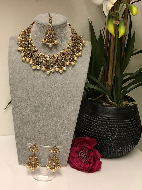 HEER Gold Choker Necklace Set
