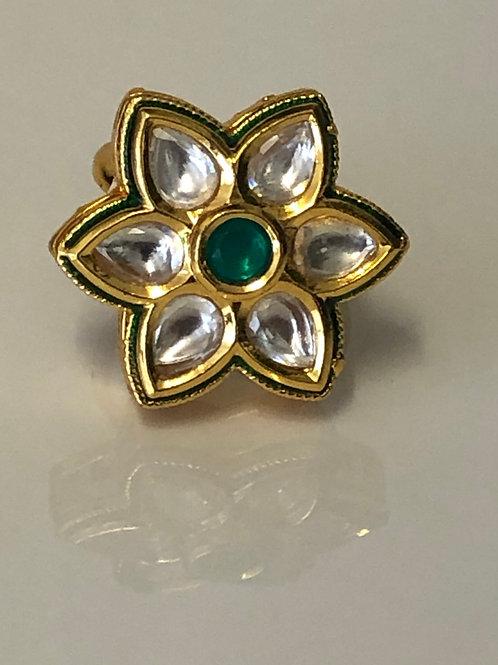Star Kundan Ring - Emerald Green