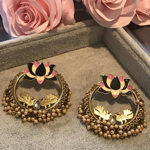 LOTUS Black/Pink Earrings