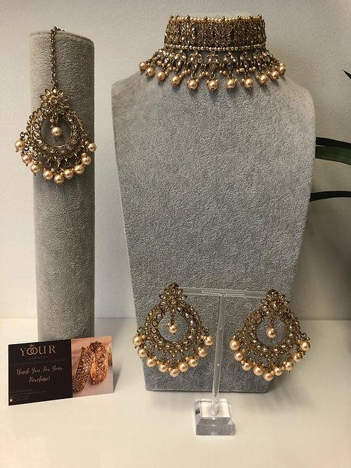PALAK Golden Choker Necklace Set
