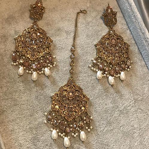 KARISHMA Earring & Tikka Set