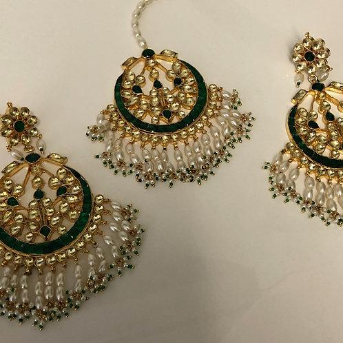 PACHI KUNDAN Emerald Green Earring & Tikka Set