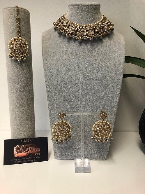 KAVYA Grey Choker Necklace Set