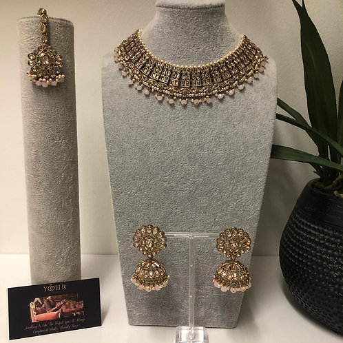 AAINA Frosty Pink Choker Necklace Set