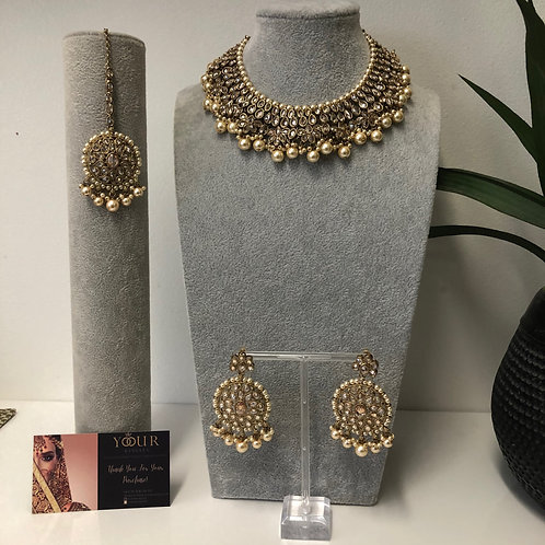 KAVYA Golden Choker Necklace Set