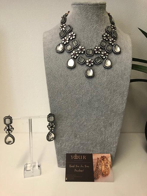VICTORIAN Grey Kundan Choker Necklace Set