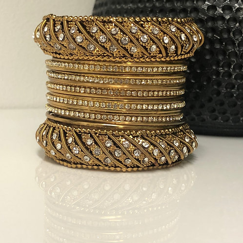 1 HAND TANISHQ Golden Diva Bangle Set 2