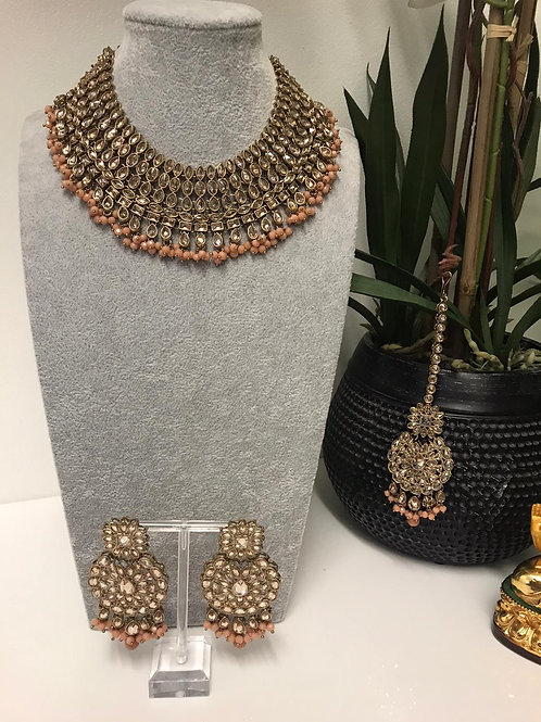 PALAK Peach Choker Necklace Set