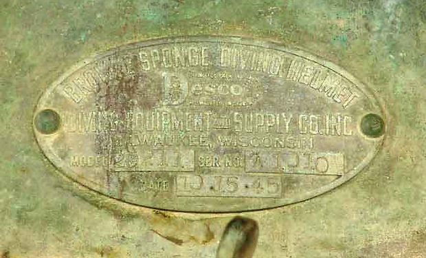 desco_sponge_antique_diving_helmet_3311f
