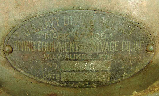 diving-equipment-salvage-company-mark-v-