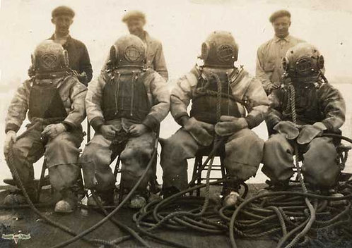 Antique Photo of 4 Divers w/ Tenders