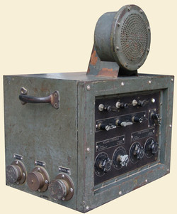dive-radio-3