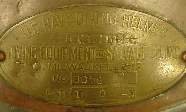 us-navy-mark-v-helium-id-plate-desco.jpg