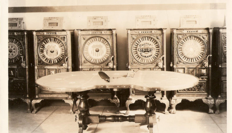 Mills Upright Slot Machines