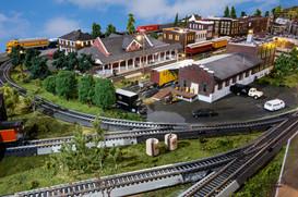 Model Train The Yard