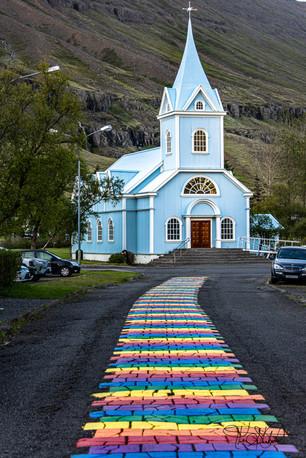 Path to the Blue Church