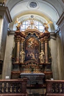 Krems, City Parish Church Sankt Veit - altar
