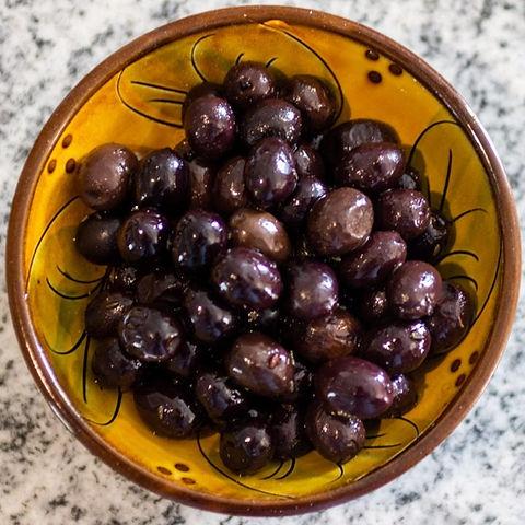 tanche olives de la torres_edited.jpg