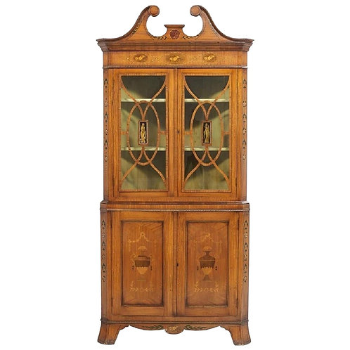 English Edwardian Satinwood and Paint Decorated Corner Cabinet, circa 1900\t