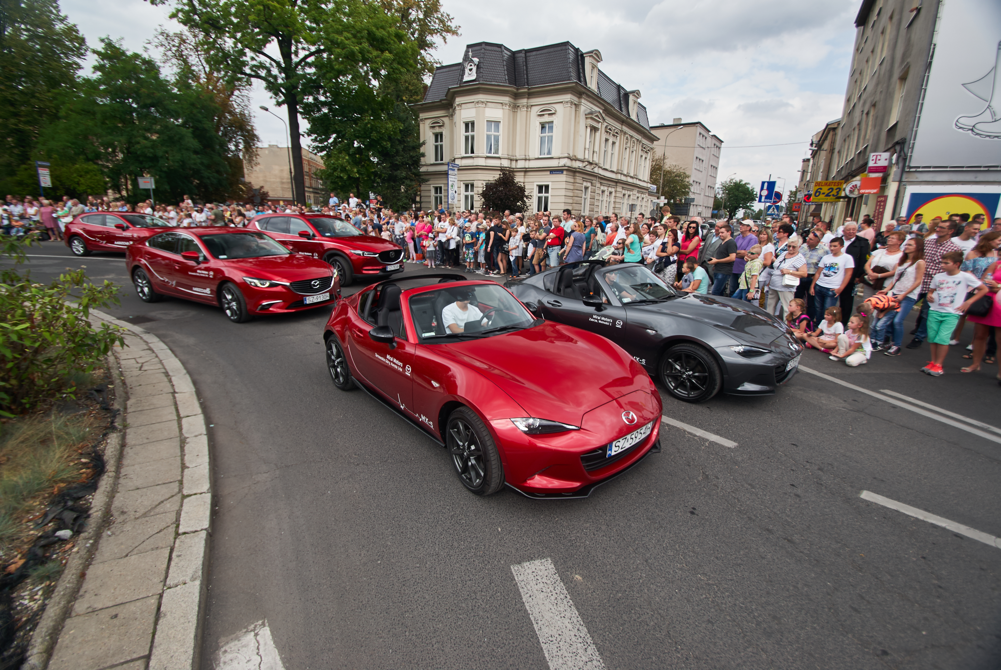 Zdjęcia dla Mazda Mirai Motors