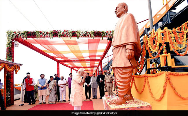 PM Modi with Statue of Unity