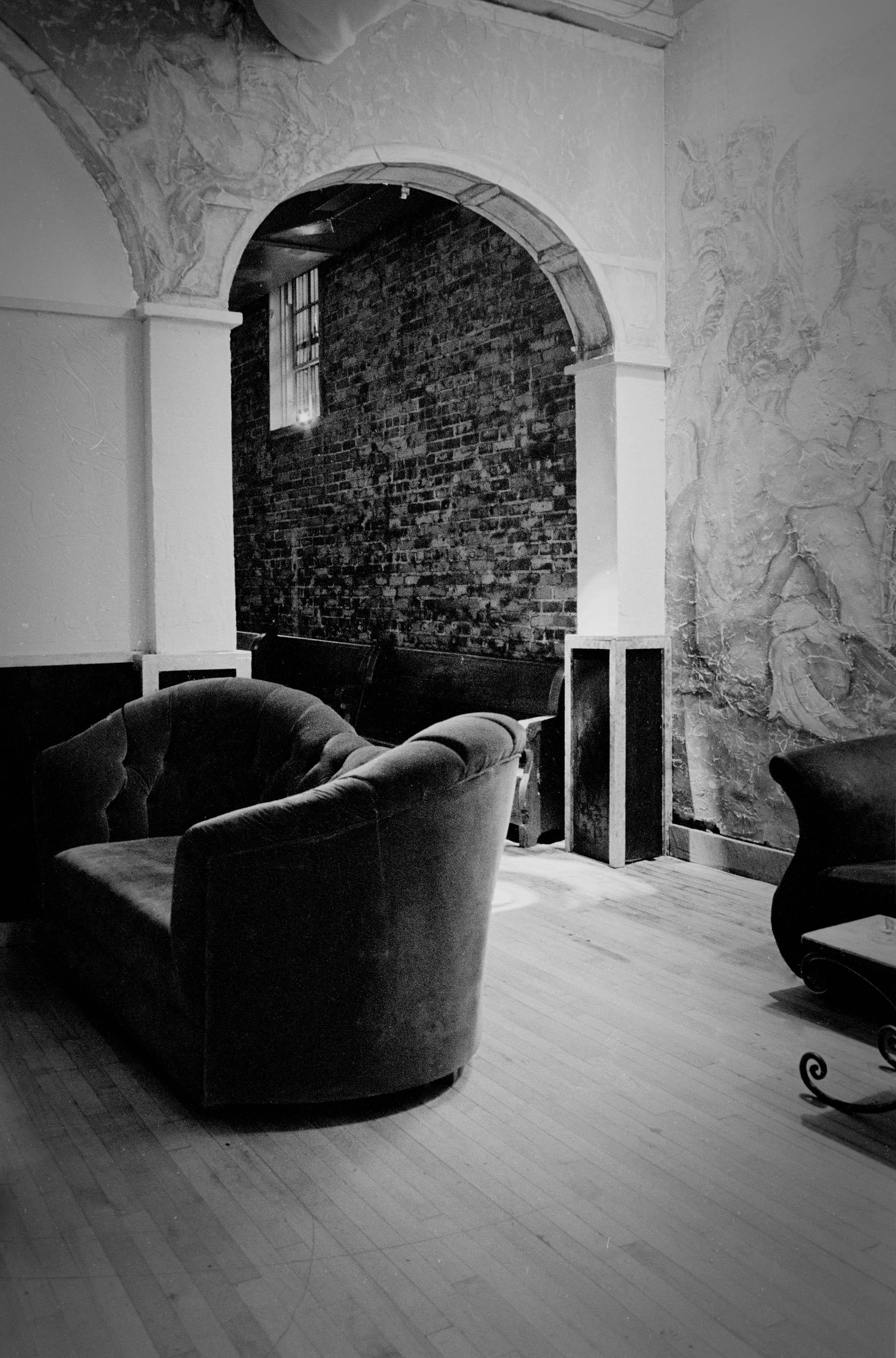 velvet+chair