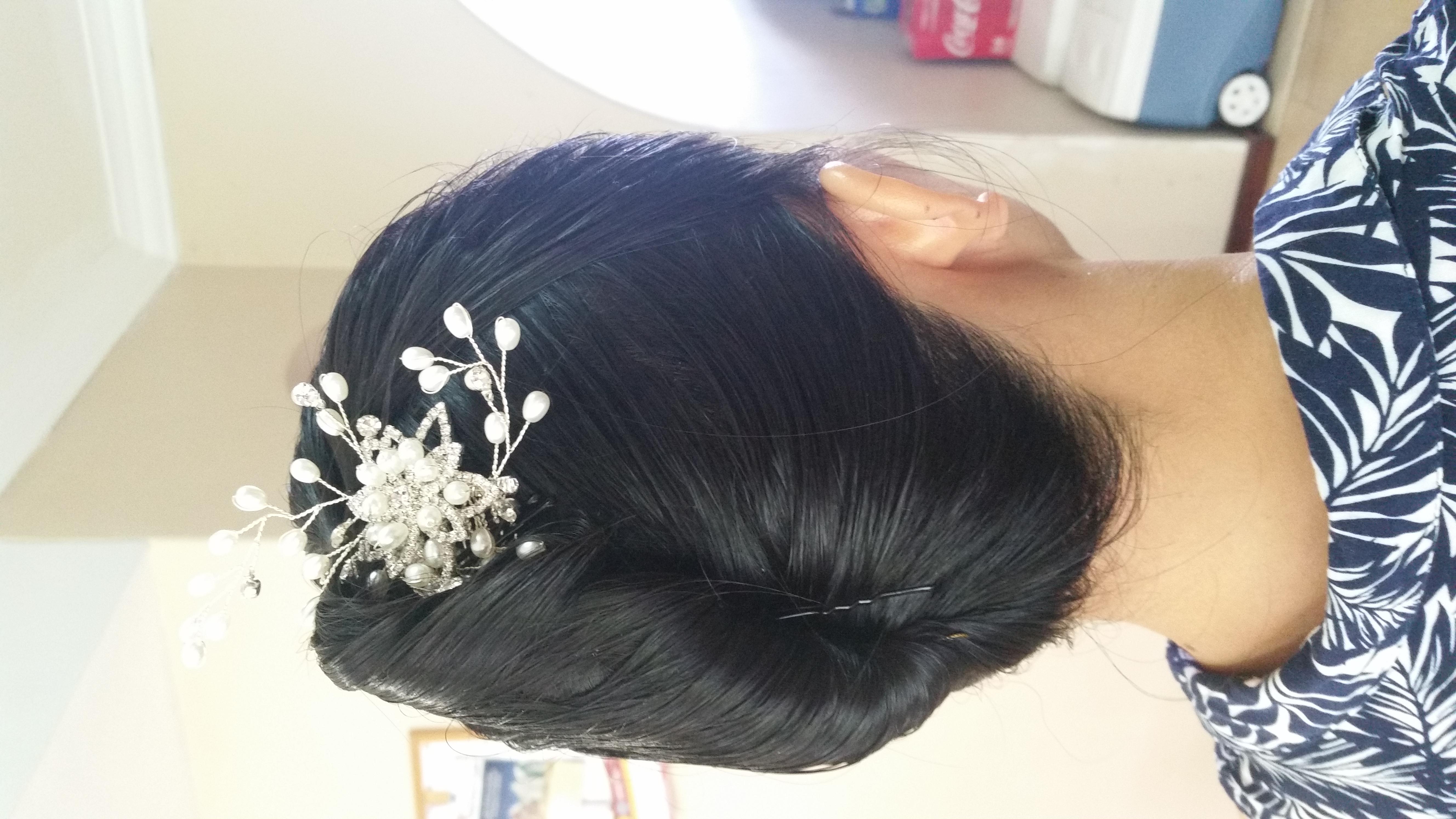 Brides updo