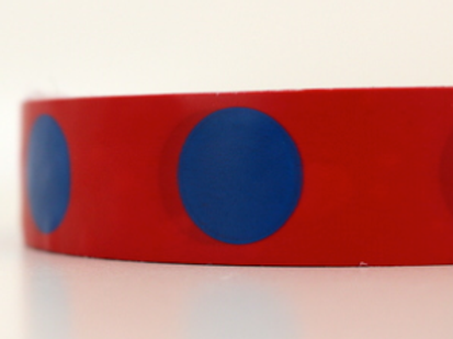 Red tape - blue circles