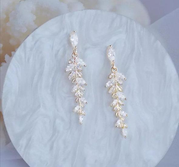 Lange Ohrringe zur Hochzeit