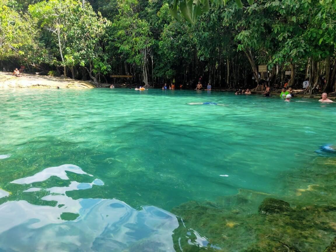 emerald pool.jpg