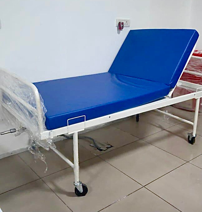 Semi Fowler Hospital Bed with Wheels