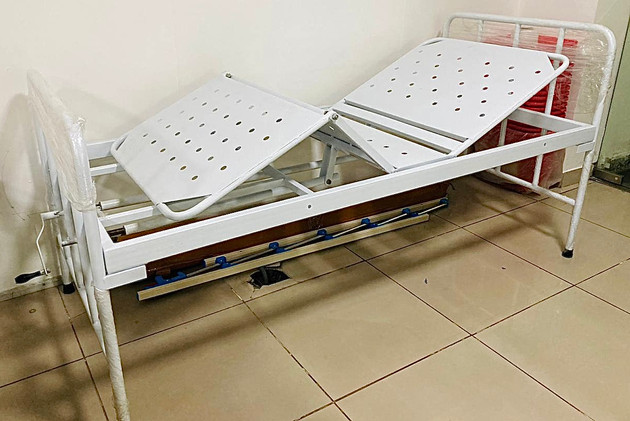 Hospital Bed with Back rest and Knee rest