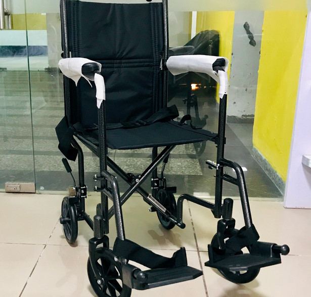 Compact Wheelchair for toilet