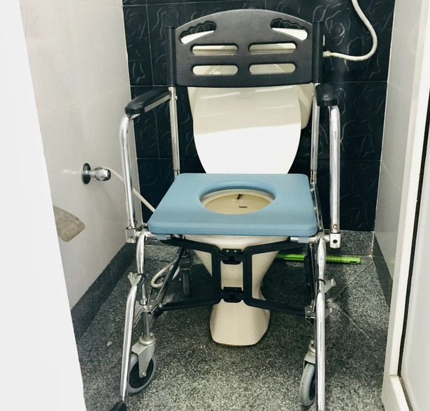 Demonstration of Commode Wheelchair
