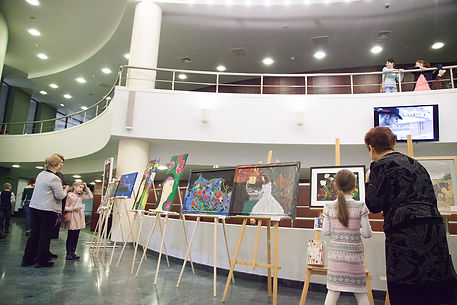 Karolina exhibition web.jpg
