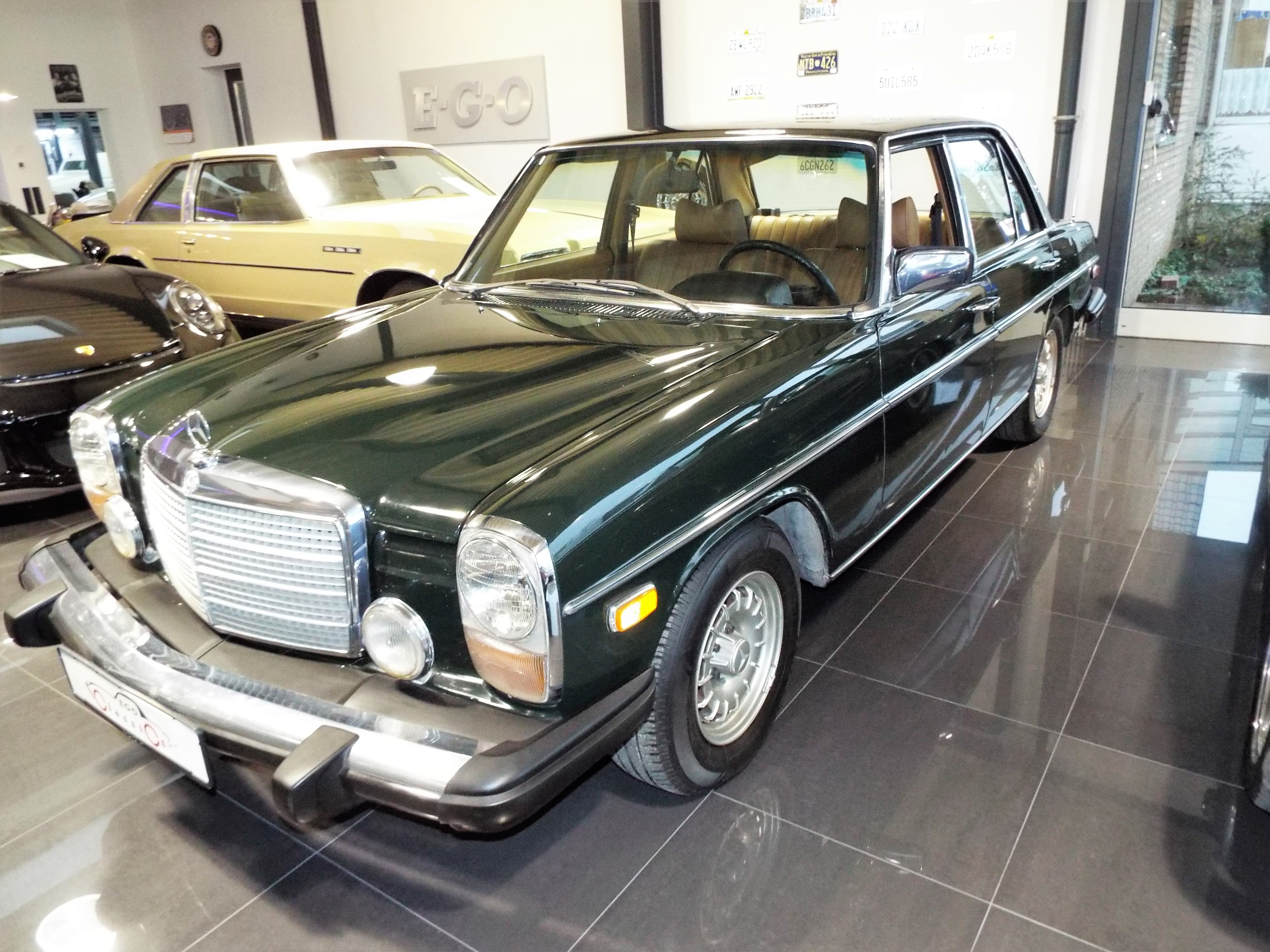 Mercedes 240d W115