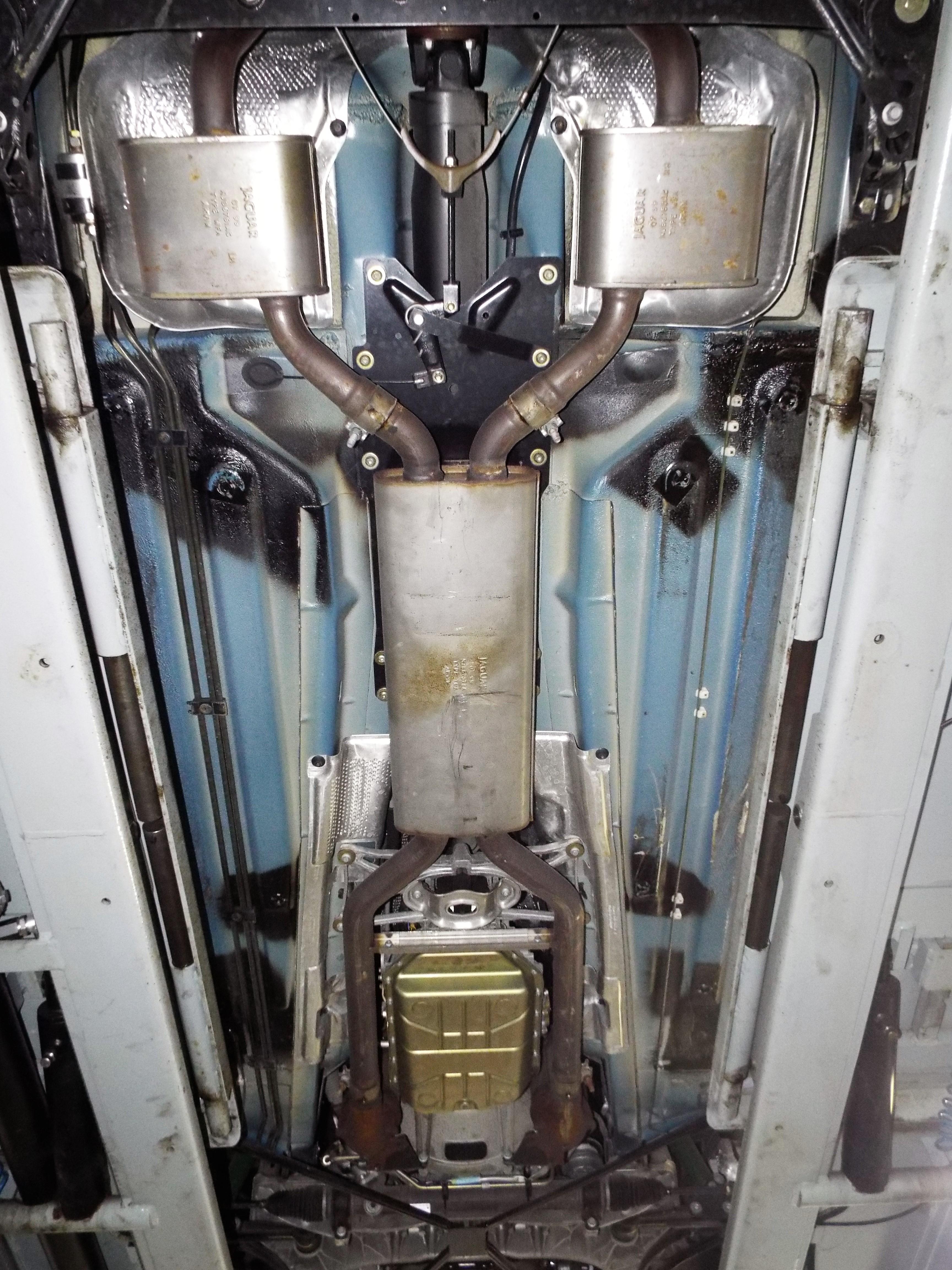 Jaguar XK8 Unterboden