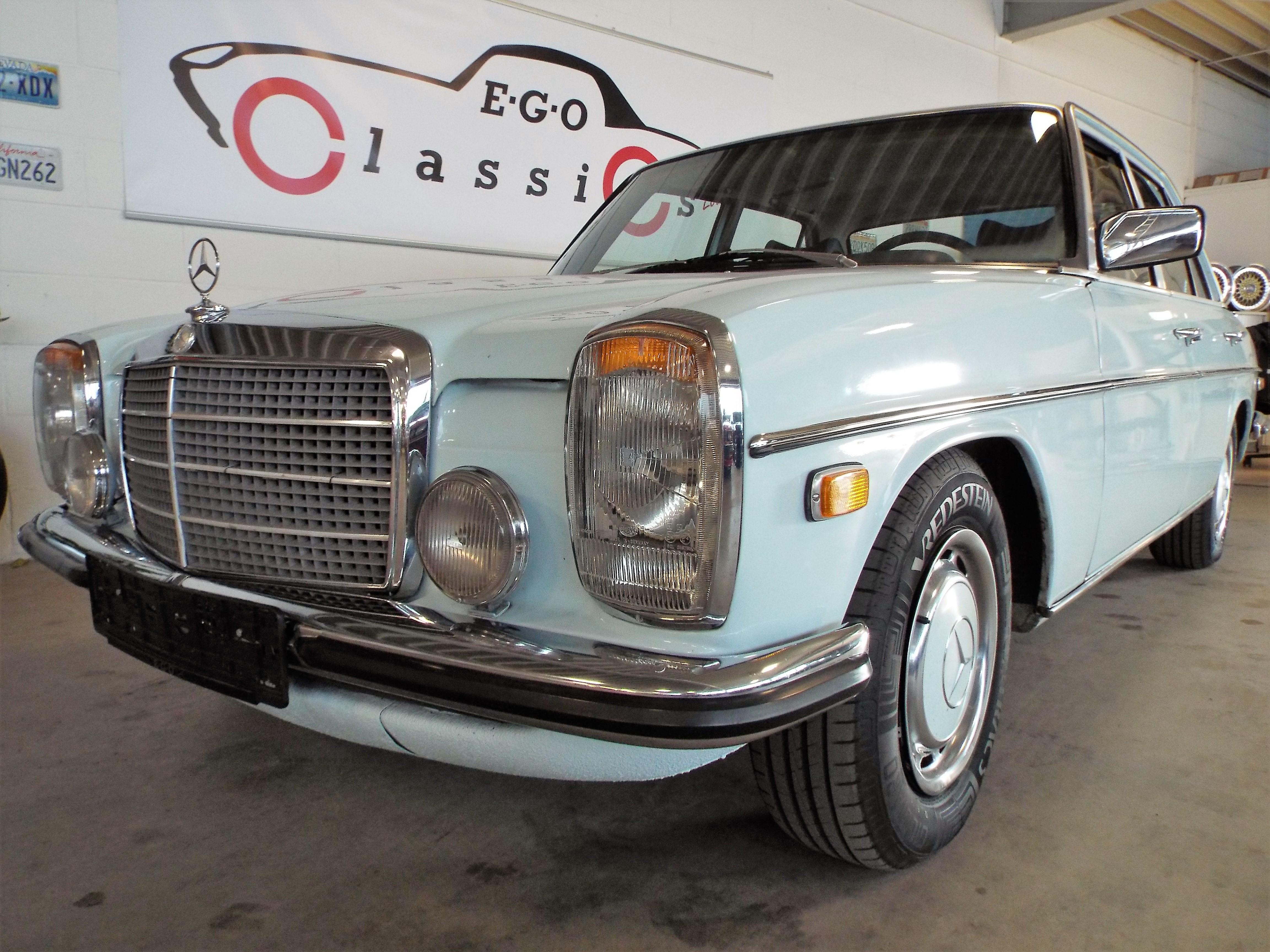 Mercedes 280 W114
