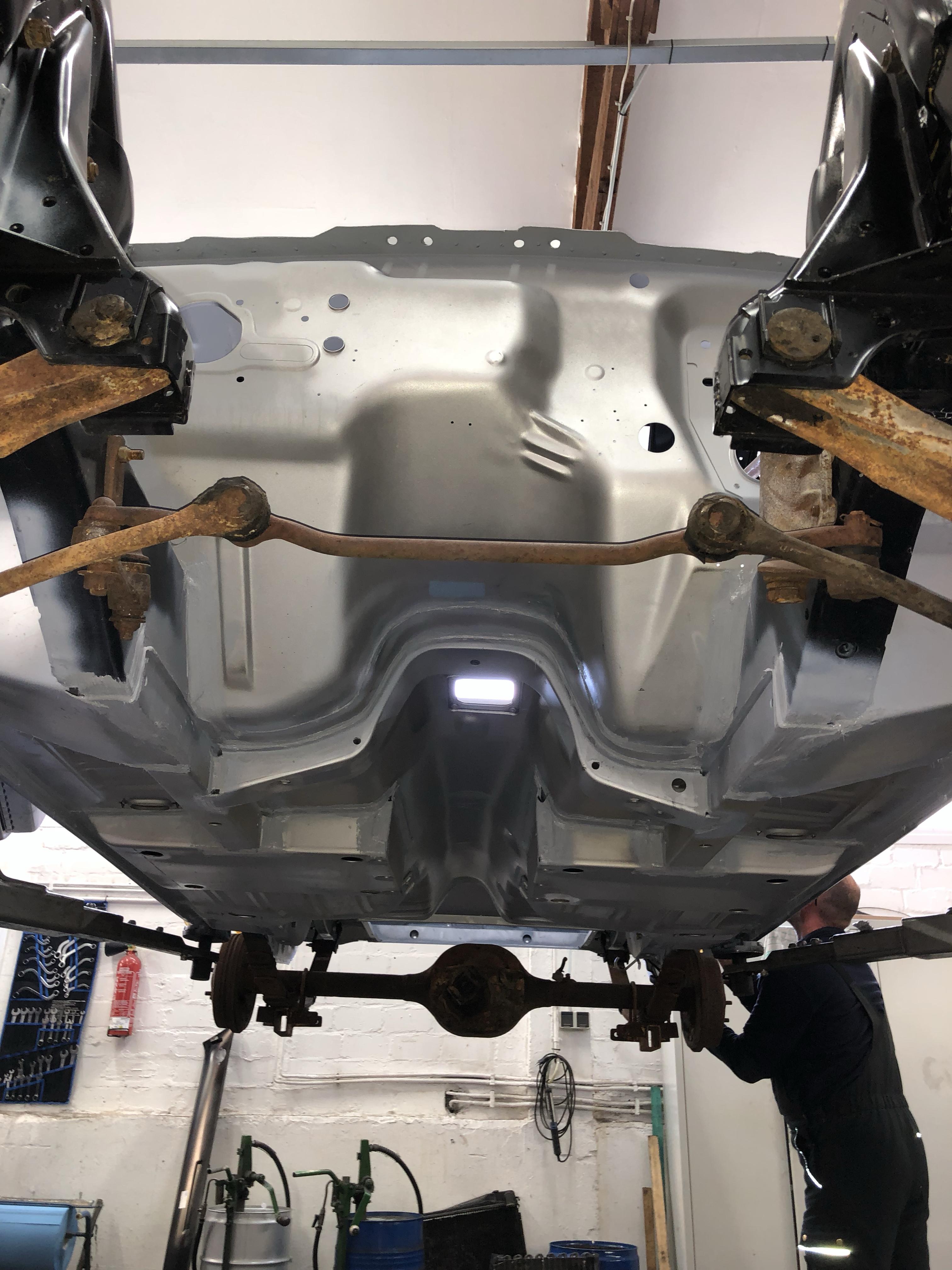 Ford Mustang Rohkarosserie neu