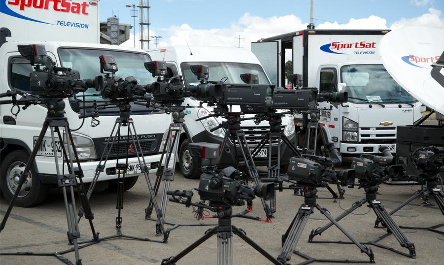 equipo unidad movil sportsat television.