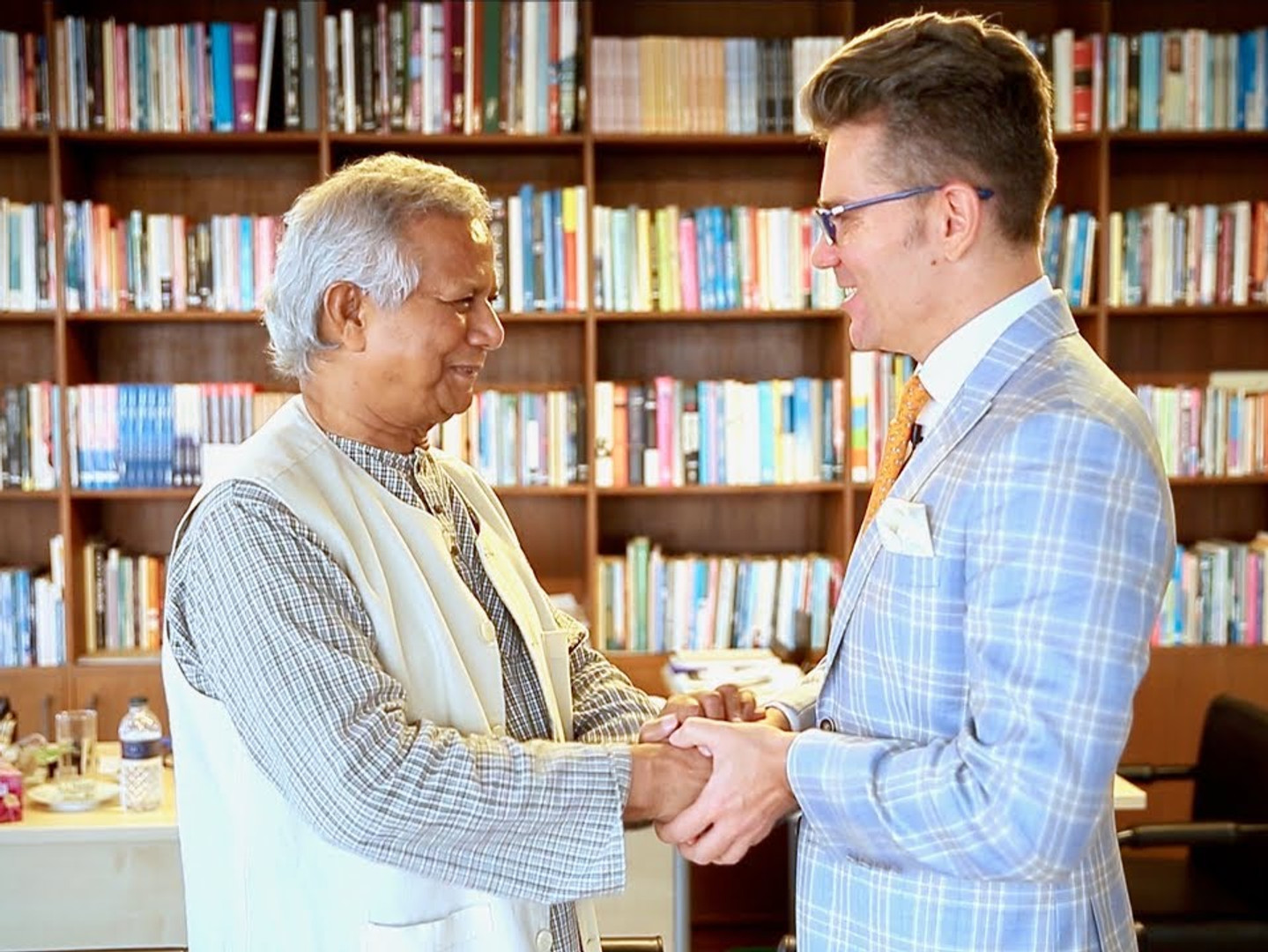 Nobel Peace Prize Laureate 2006, Muhammad Yunus: Solar & Social Business