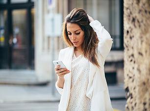 Businesswoman%20in%20white_edited.jpg