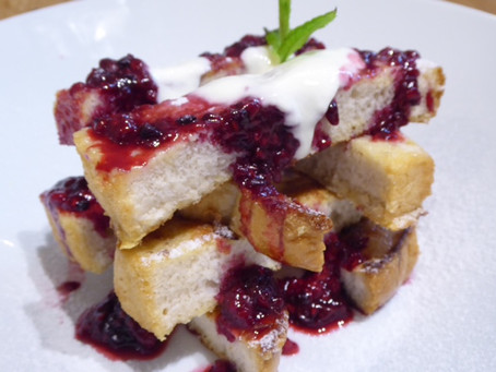 French toast with berry compote