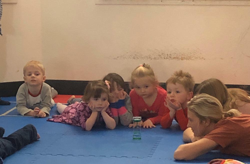 preschoolers practice mindfulness